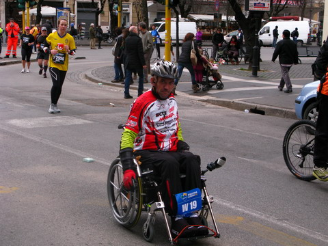 Maraton in scaunul cu trotil